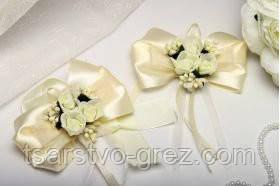 Бутоньерки Flowers auvori