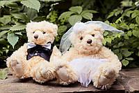 """Медведи """"Жених и невеста"""" на капот"""