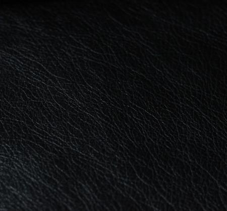 Титан Black