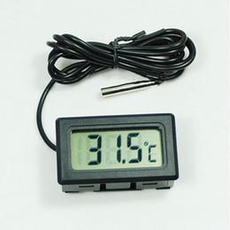 Термометр з виносним датчиком і РК дисплеєм