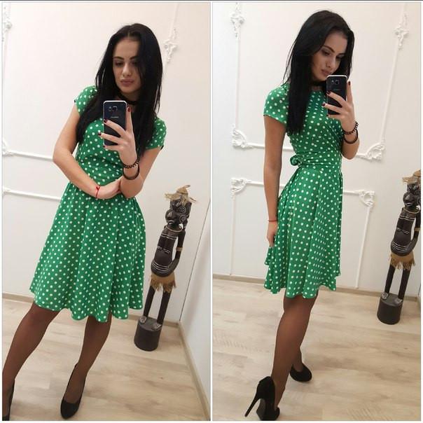 Платье зелёное в горошек