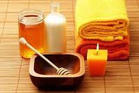 Маска-обертывание для похудения медово-соляная