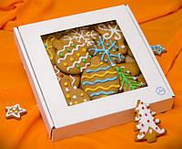 Картонная коробка для пряников с окном 20*20*3 см