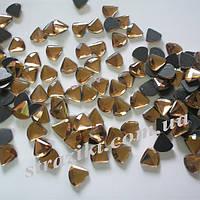 10мм Lt.topaz треугольник термо.100шт (Термокамни стекло,)