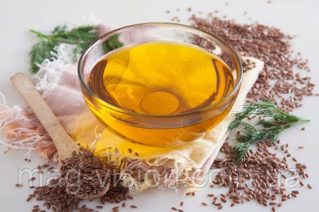 Научные данные свидетельствуют, что у людей, принимающих масло льняного семени, снижена вероятность инфаркта, а артериальное давление всегда в норме. Льняное масло – один из лучших растительных источников незаменимых жирных кислот омега-3, и в этом его главное достоинство
