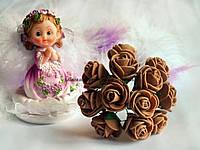 Розы из латекса, кофейного цвета, на стебле. Диаметр 1.5 - 2 см.