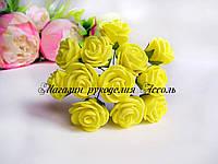 Розы из латекса желтого цвета на стебле диаметр 2-2.5 см упаковка 12 штук