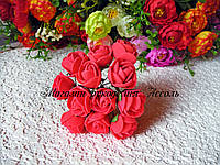 Розы из латекса кораллового цвета на стебле диаметр 2-2.5 см упаковка 12 штук