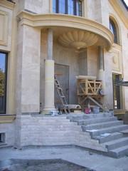 Облицовка колонны фасадным декором