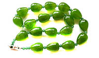 Зеленые бусы из хризолита