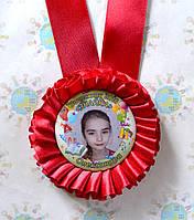 Медаль для выпускника с фотографией Красная