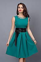 Модное летнее платье в бирюзовом цвете без рукавов
