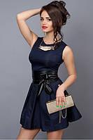 Молодежное короткое платье темно-синее с кожаным поясом