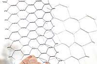 Сетка шестигранная (крученая) 40х0,9 оцинкованная