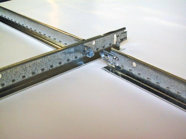 Профили и комплектующие для подвесных потолков