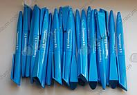 Печать текста логотипа на ручках