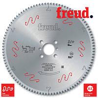 Пилы дисковые по пластику ПВХ и алюминию 400×3,5/3,0×32 Z=120 с положительным зубом Freud LU5B