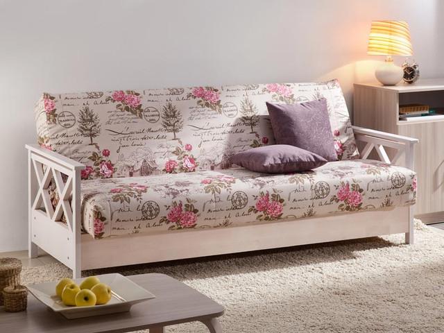 диван с деревянными боковинами