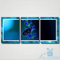 Модульная картина Бабочки на голубых цветах из 3 модулей