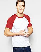 Белая мужская футболка с красным рукавом