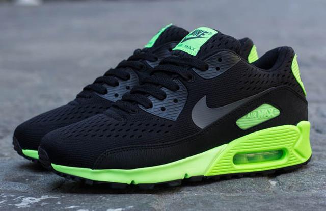 Здесь Вы найдете кроссовки Nike оптом