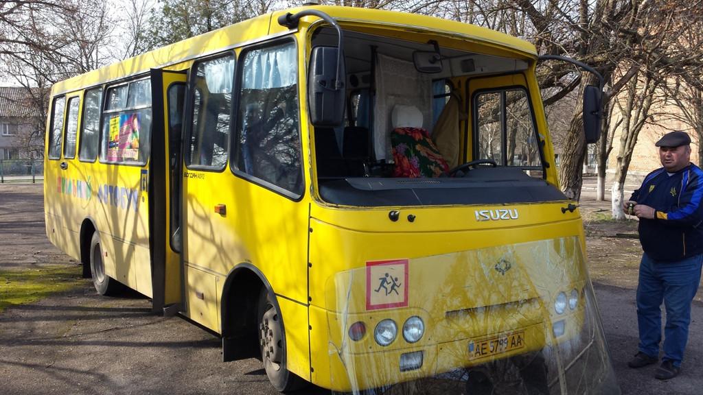 Замена лобового стекла на автобусе Богдан A 092 в Томаковке