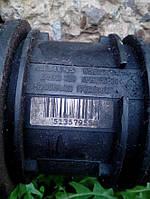 Расходомер воздуха (воздухомер) Opel Vivaro 7700109812 (00-14)