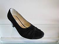 Туфли женские замшевые на каблуке