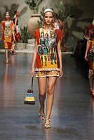 Финальная распродажа. Шелковое платье DolceGabbana с оригинальным принтом OB90018-1
