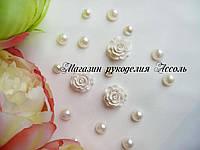 Кабошоны акриловые роза белые 2см