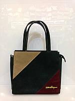 Женская сумка Salvatore Ferragamo 235 из замша и лака под кожу зеленая с бежевым