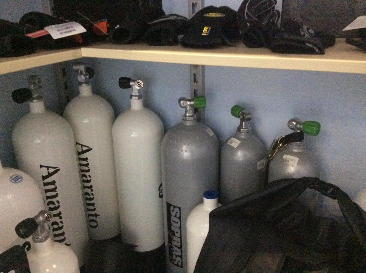 """Баллон для дайвинга Sopras 12 литров 200 bars одновентельный - Интернет-магазин товаров для дайвинга """"Diving-shop"""" в Киеве"""