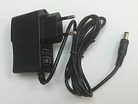 Блок питания пластиковый корпуc (розеточного типа) 12V 12W