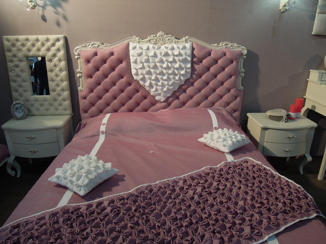 """Кровать """"Камея"""" с покрывалом и подушками комплект"""