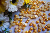 Полубусины жемчуга желто-горячие 8мм