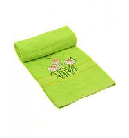 Полотенце махровое салатового цвета