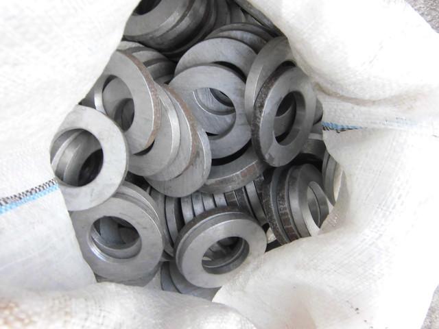 Шайбы для фланцевых соединений ГОСТ 9065-75| Фотографии принадлежат предприятию Крепсила