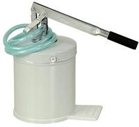 Маслонагнетатель ручной ёмкостью 8 л , производительность 0,13л. за одно нажатие, шланг 1,5м..