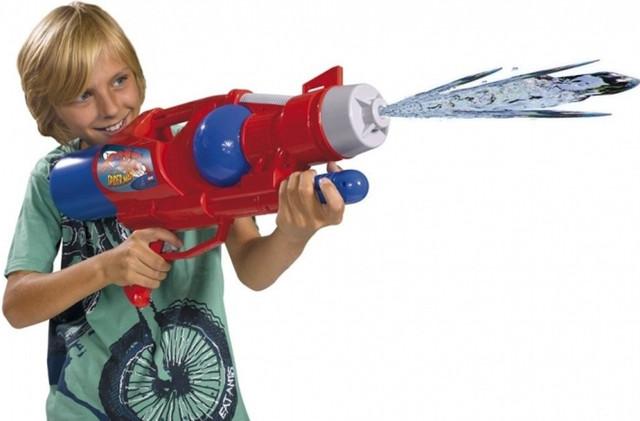 Водные пистолеты, насосы!
