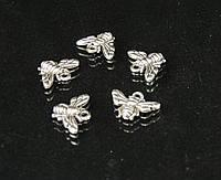 Подвеска пчелка