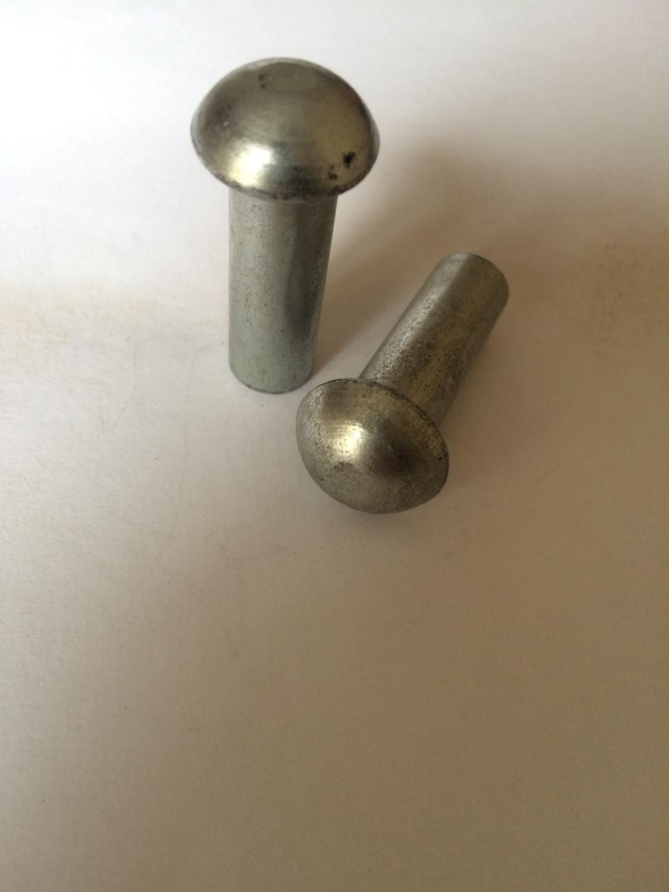 16*30-38 Заклепка с полукруглой головкой ГОСТ 10299,  DIN 660