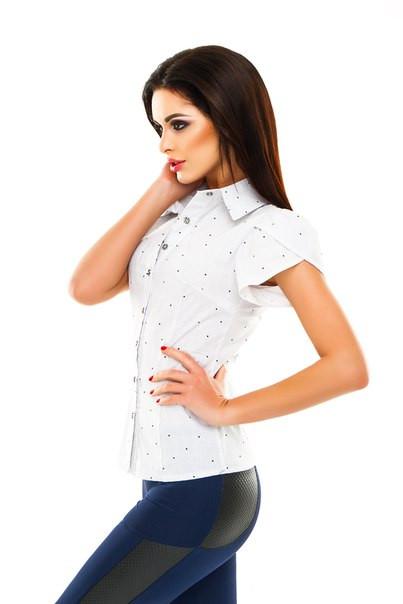 a4fe5092206 Красивая Женская Рубашка Белая с Коротким Рукавом — в Категории