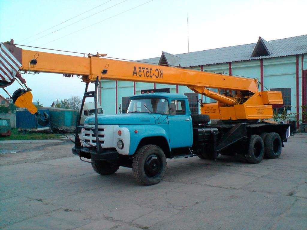 Ремонт автокрана КС 3575