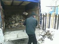 Продаем и доставляем дрова дубовые колотые  по Киеву и Киевской области