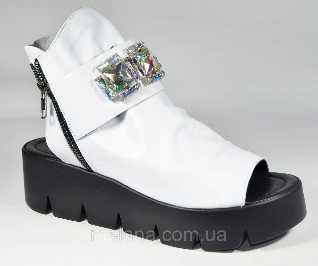 cb8b93ba2 Модные босоножки на толстой подошве Aquamarin - Интернет-магазин женской  обуви и аксессуаров