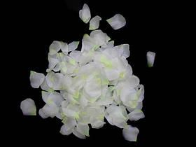 Пелюстки троянд білі 150 шт.