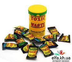 Конфеты Toxic Waste