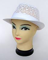 Ажурная шляпа из ткани белого цвета 54 р.