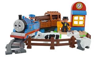 Конструктор JIXIN 8288 A Железная дорога Паровозик Томас с животными