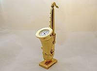 Часы NEW DAY в виде саксофона - золотистые